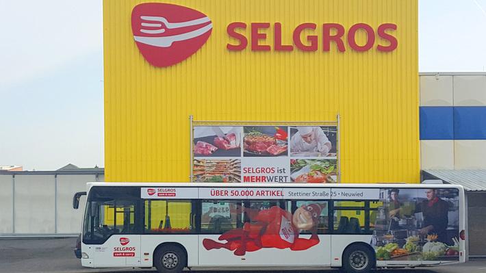 Beispiel für Buswerbung durch Selgros
