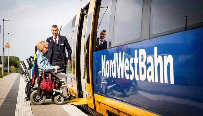 Die NordWestBahn bietet mobilitätseingeschränkten Reisenden einen möglichst breiten Service.