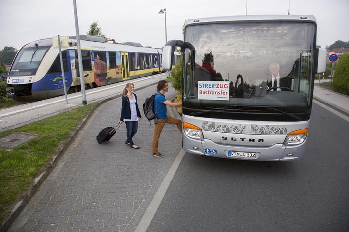 Zustieg zum Bus
