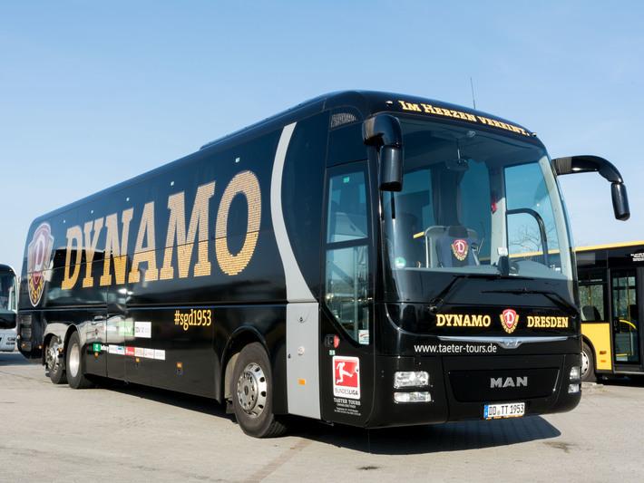 Dynamo Dresden Mannschaftsbus